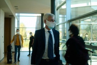 Surgical masks and biodegradable bamboo masks: a combination that is 99.8% effective against coronavirus